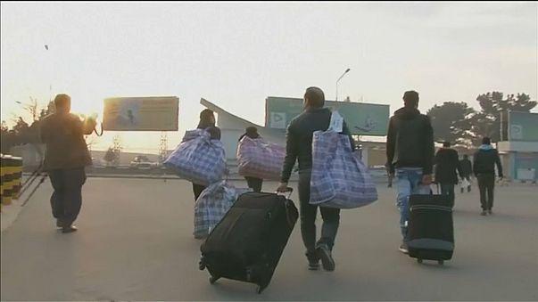 Amnistía pide a la UE que deje de expulsar afganos