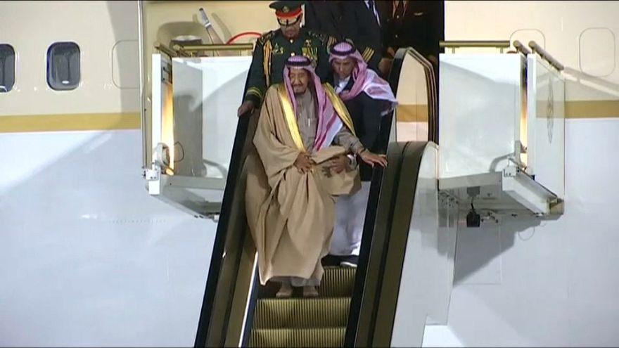 الكرملين يعلق على تعطل سلم طائرة الملك سلمان في مطار موسكو