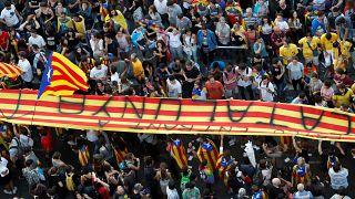كتالونيا: انتحار سياسي أم نهاية كيان الدولة؟
