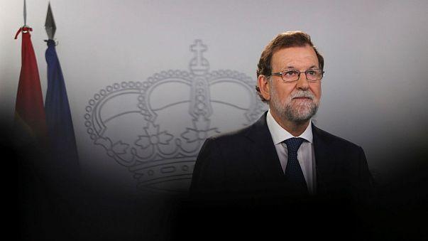 A spanyol alkotmánybíróság felfüggesztette a katalán parlament hétfői ülését