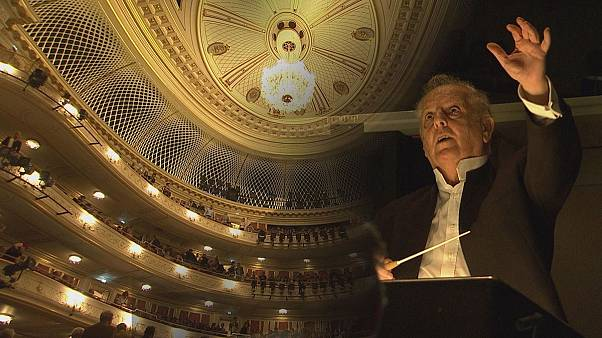 Λαμπερά εγκαίνια με Μπάρενμποϊμ για την ανακαινισμένη Κρατική Όπερα του Βερολίνου