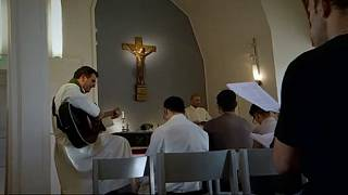A keresztény hitet veszik fel muzulmán menekültek
