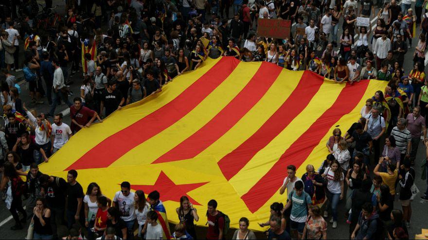 دادگاه قانون اساسی اسپانیا جلسه آینده پارلمان کاتالونیا را به حالت تعلیق درآورد