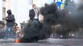 Protestos bloqueiam voto sobre processo de paz na Ucrânia