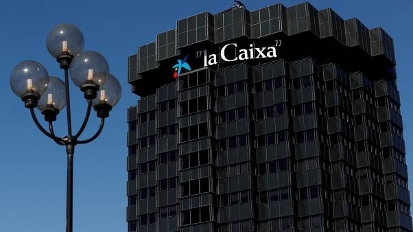 Banks weigh up Catalonia future amid independence drive