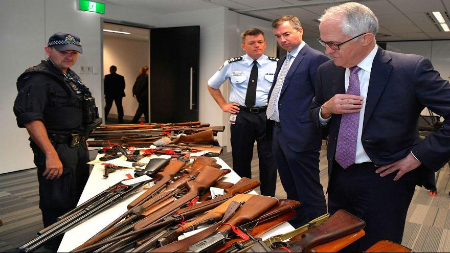 الأستراليون يعيدون 51 ألف قطعة سلاح للسلطات