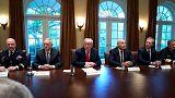 """Donald Trump con i militari: """"È la calma prima della tempesta"""""""