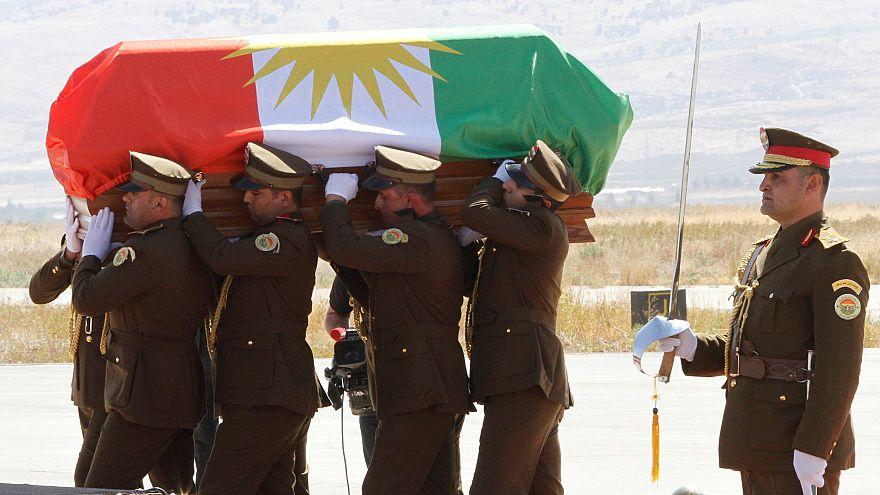 استياء عراقي من لف نعش الرئيس السابق جلال طالباني بالعلم الكردي