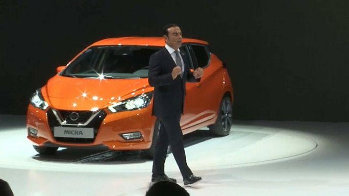 Renault: metà della produzione sarà elettrica