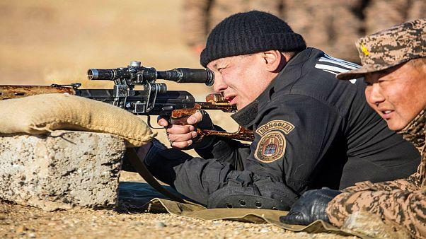 رئيس وزراء منغوليا الجديد يتقمص دور بوتين