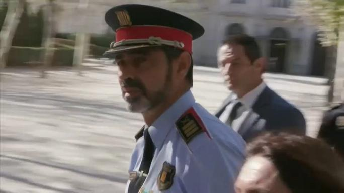 Chefe da polícia é herói na Catalunha