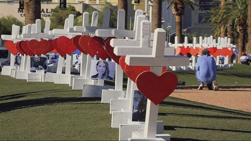 Az áldozatokra emlékezik Las Vegas