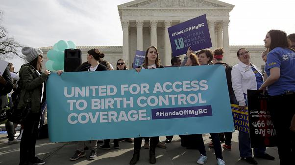 Trump obstaculiza el acceso a los anticonceptivos alegando razones de fe