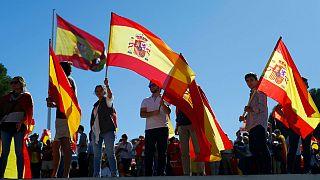 اسپانیا؛ سپیدپوشان خواهان گفتگو میان دولت مرکزی و جداییطلبان شدند