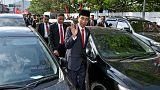 ترافیک رئیس جمهور اندونزی را مجبور به پیادهروی کرد