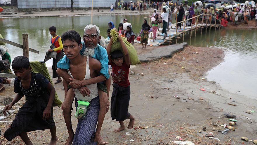 Fears of fresh Myanmar violence as Rohingya crisis intensifies