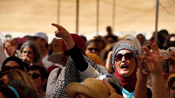 Donne israeliane e palestinesi, insieme, esigono la pace