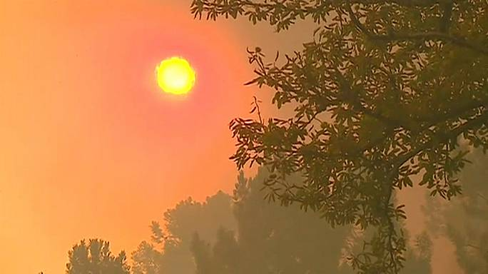 Fresh fires in Portugal amid unusually high temperatures