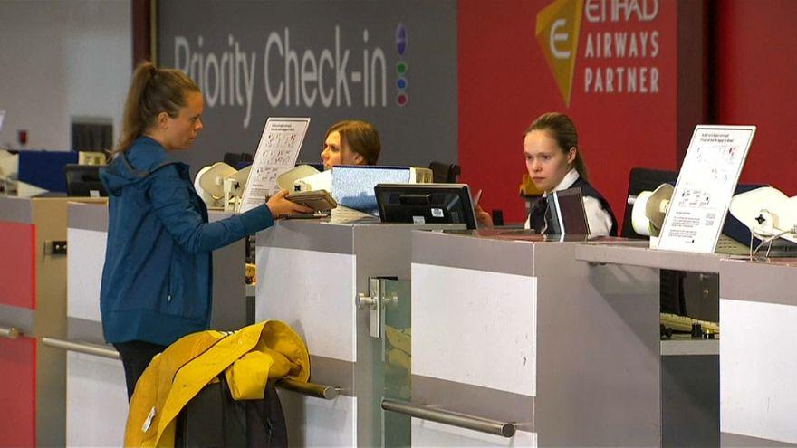 Air Berlin: Angst vor möglichen Massenentlassungen