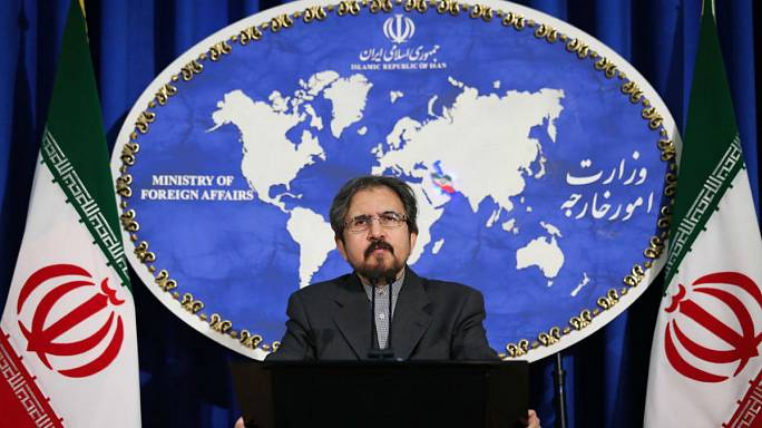 """إيران تتوعد برد """"ساحق"""" إذا صنفت أمريكا الحرس الثوري منظمة إرهابية"""