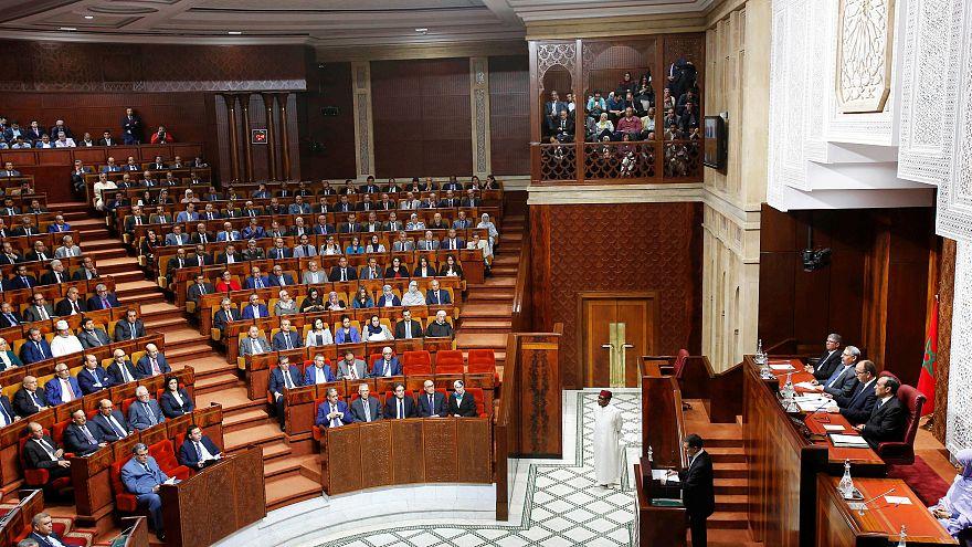 شاهد: طرد وفد إسرائيلي من البرلمان المغربي