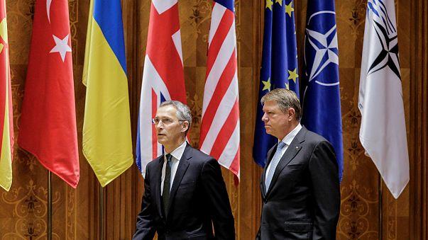 Stoltenberg: növelni kell a NATO védelmi kiadásait