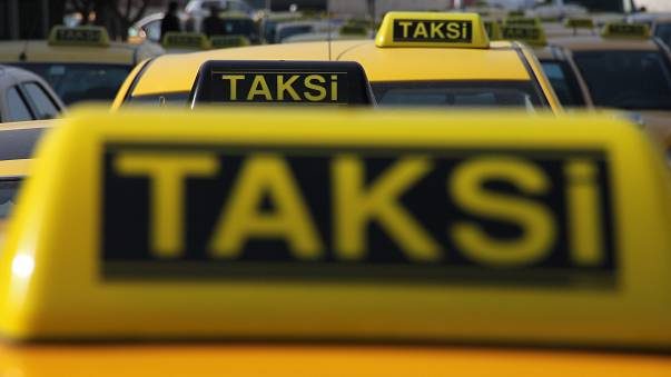 İstanbul'da toplanan taksici dernekleri: Uber paralel taksicilik yapıyor