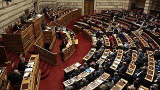 Parlamento grego aprova mudança de género aos 15 anos