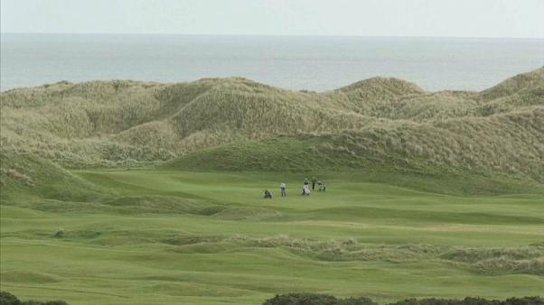 Donald Trump's Scottish golf venture goes deeper into the red