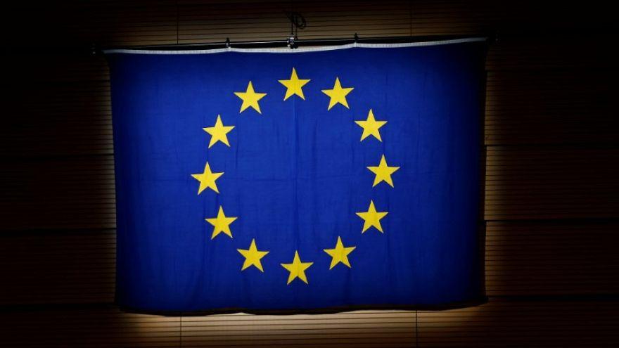 الاتحاد الأوروبي يسعى إلى إعادة فتح سفارته في ليبيا