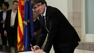 Deputados catalães assinaram declaração de independência