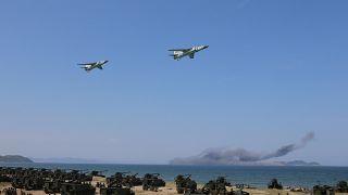 حمله رزمایشی پاراگلایدرسواران کره شمالی به پشت خط دفاعی کره جنوبی