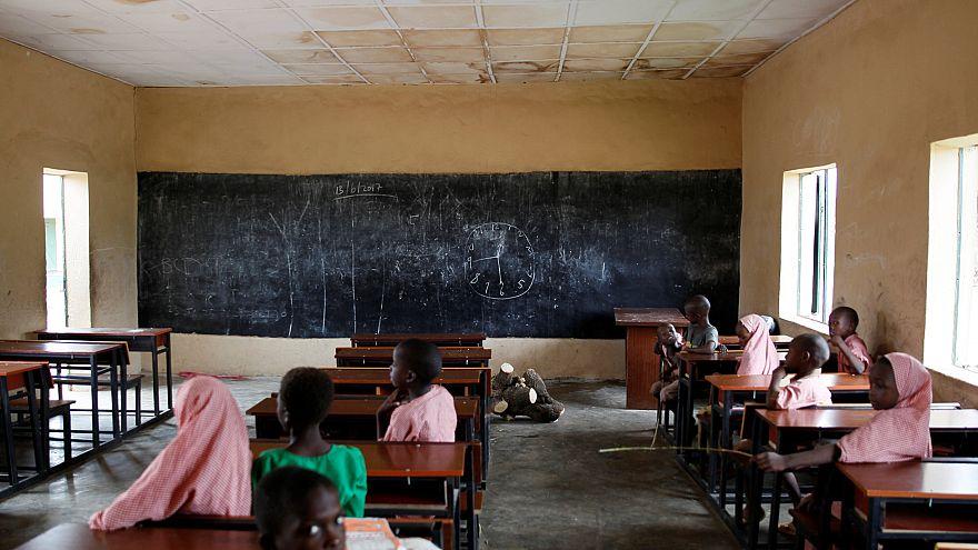 نيجيريا: تسريح الالاف من المعلمين فشلوا في اجتياز امتحانات الصف الأول الابتدائي