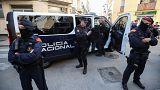 Katalan polisi bağımsızlık krizinde arada kaldı