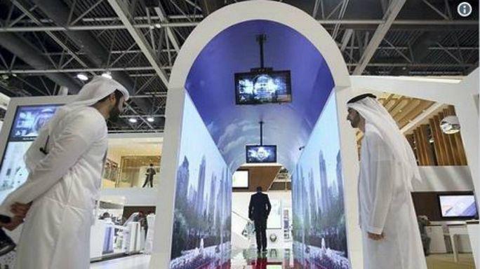 مطار دبي يخطط للاستعانة بتقنية التعرف على الوجه