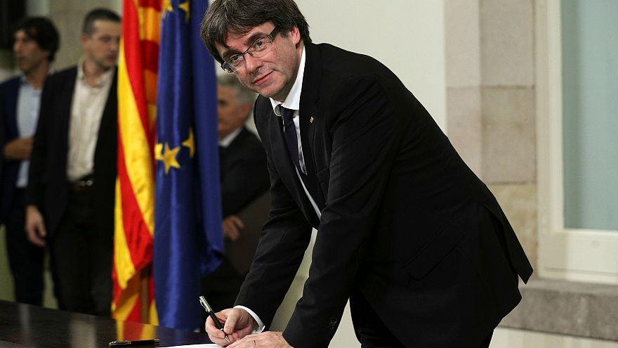 مدريد تمهل كتالونيا 8 ايام للتراجع عن استقلالها