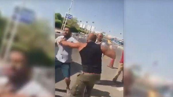 جدل بشأن فيديو لشجار بين سائح كويتي وأفراد أمن بشرم الشيخ