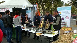 """Le """"juste prix"""" pour les agriculteurs français, Macron légifère"""