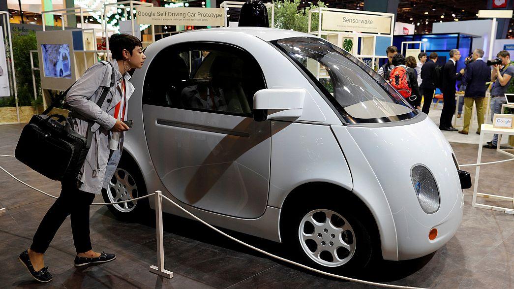 Jövőre már közlekedhetnek Kaliforniában a vezető nélküli autók