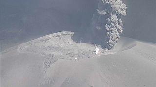 Ιαπωνία: Εντυπωσιακή έκρηξη ηφαιστείου