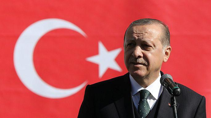 Erdoğan: ABD'nin SIG Sauer silahlarını artık kullanmayacağız