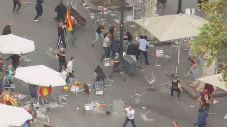 Katalonya'da birlik yanlıları ile karşıtları birbirine girdi