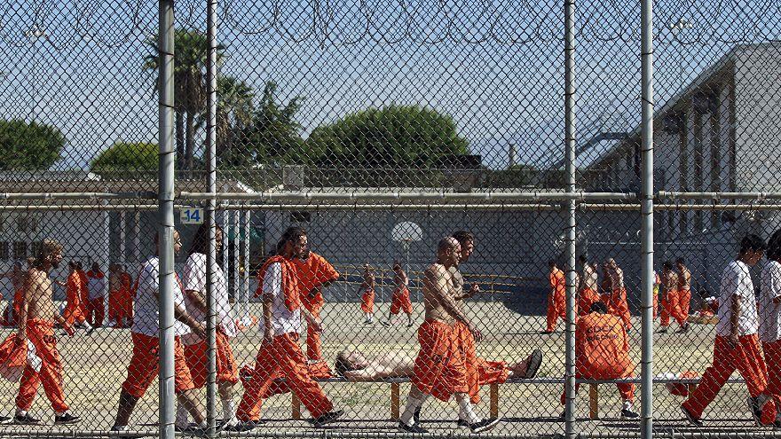 ABD'de mahkumlar firar etmek için yangın çıkardı 2 ölü