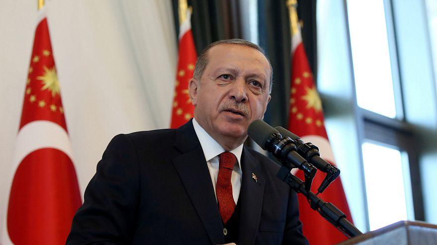 Erdoğan: Çanakkale belediye başkanı terbiyesizlik yaptı