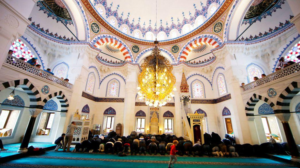 Araştırma: Türkiye'de halkın yüzde 40'ı dinin zararlı olduğunu düşünüyor