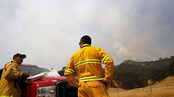 Sobe para 35 número de mortos nos incêndios da Califórnia