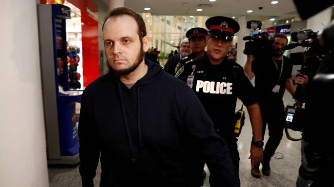 Kidnapped US-Canadian couple return to Canada with family