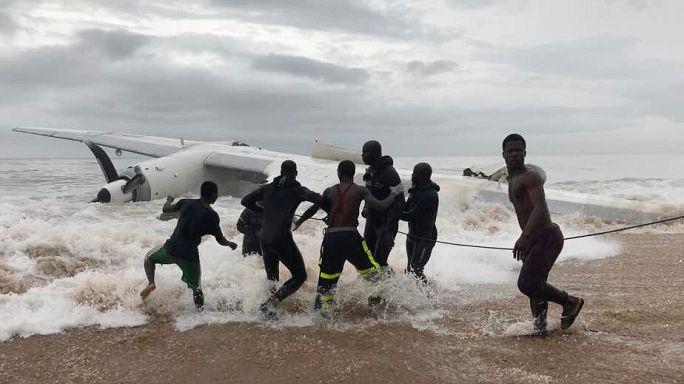 Fildişi Sahili'nde kargo uçağı düştü