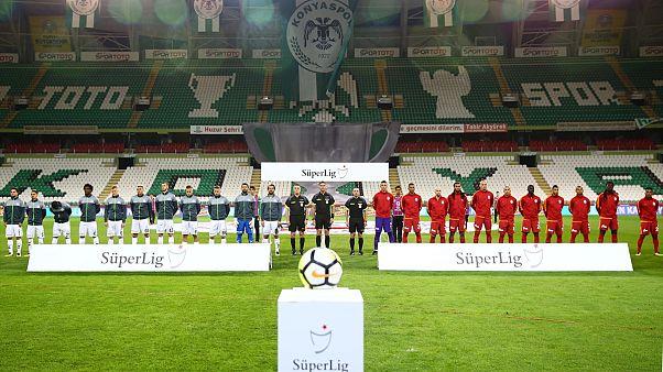 Galatasaray Konyaspor maçına sahaya 11 yabancıyla çıktı