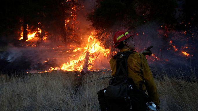 Kaliforniya tarihinin en büyük orman yangınıyla karşı karşıya